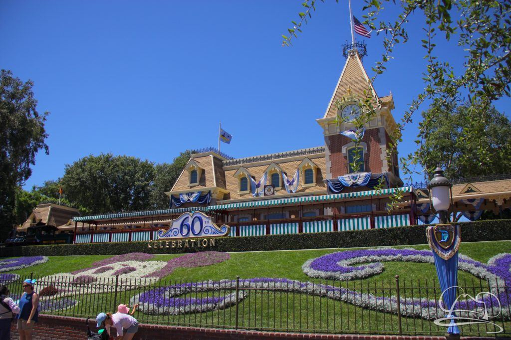 Sunday was an absolutely beautiful day to be at the Disneyland Resort. It wasn't too crowded either!