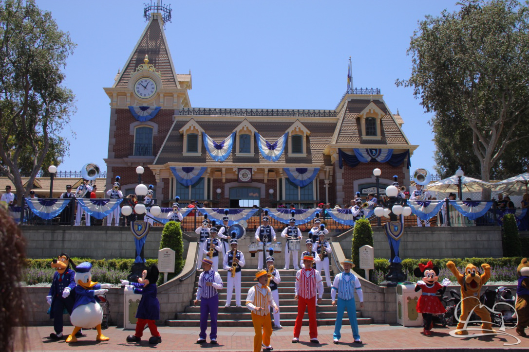 Things to Do at Disneyland – Sundays with DAPs