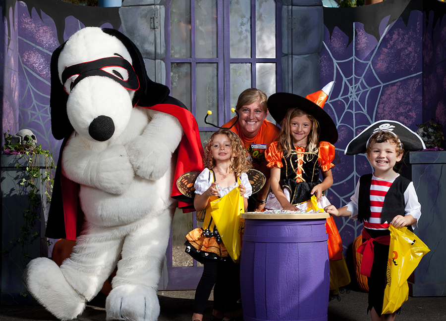 Knott's Spooky Farm Provides Non-Scare Celebration For Kids