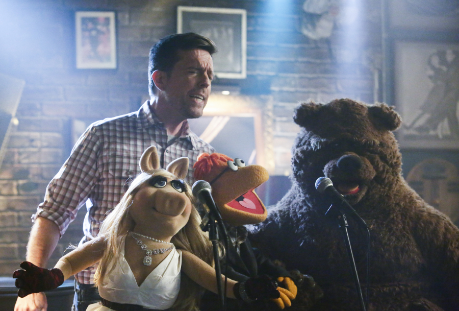 The Muppets S1Ep4: Pig Out – Mr. DAPs' Review
