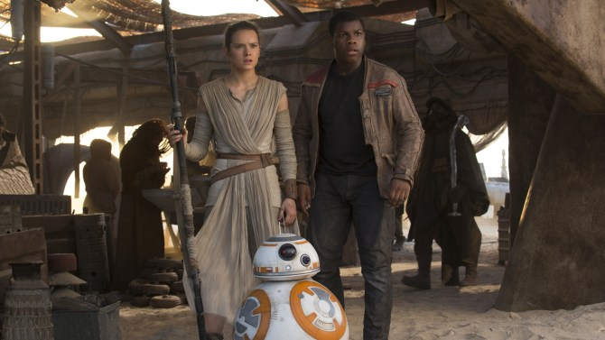 'Star Wars: The Force Awakens' Reels in $528 Million Globally Over Opening Weekend