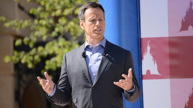 Disney's COO Tom Staggs Steps Down from Company