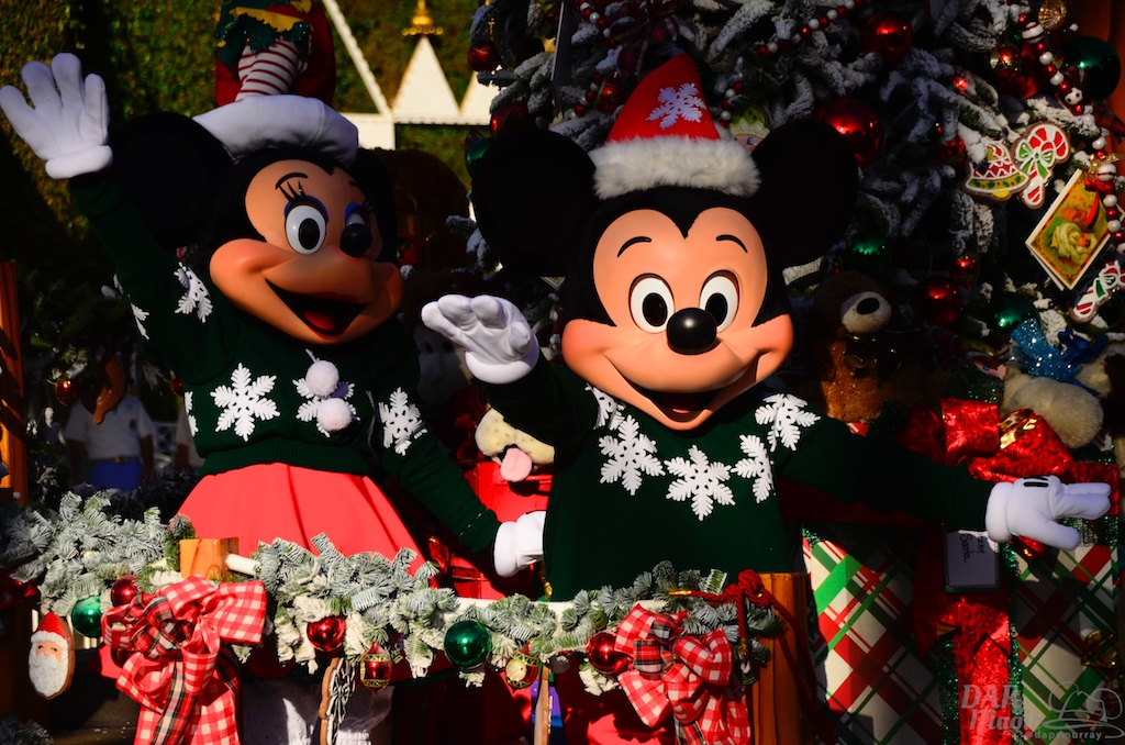 Three Disney Parks Holiday Specials To Air November And December
