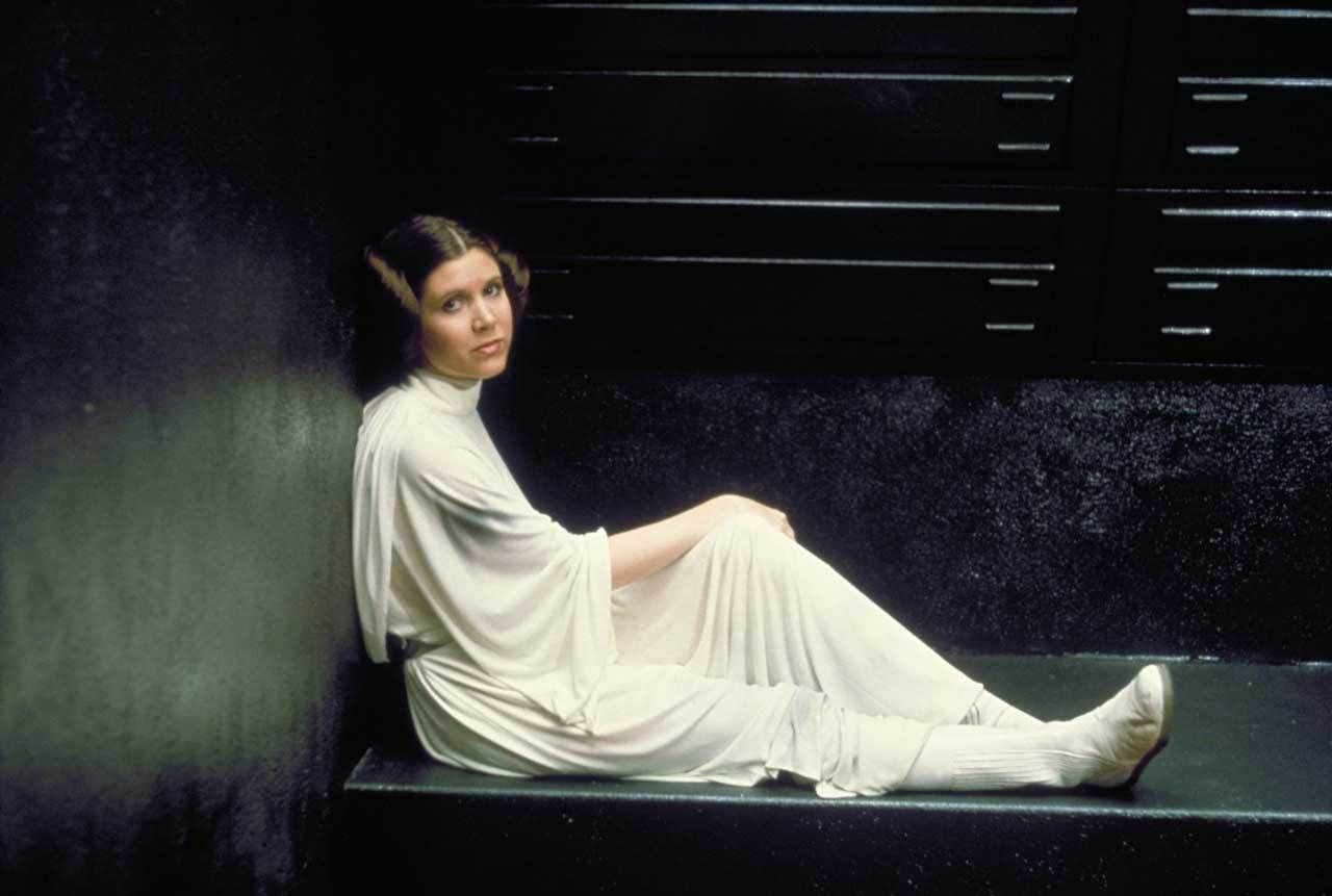 Star Wars Galaxy Reacts to Carrie Fisher's Death
