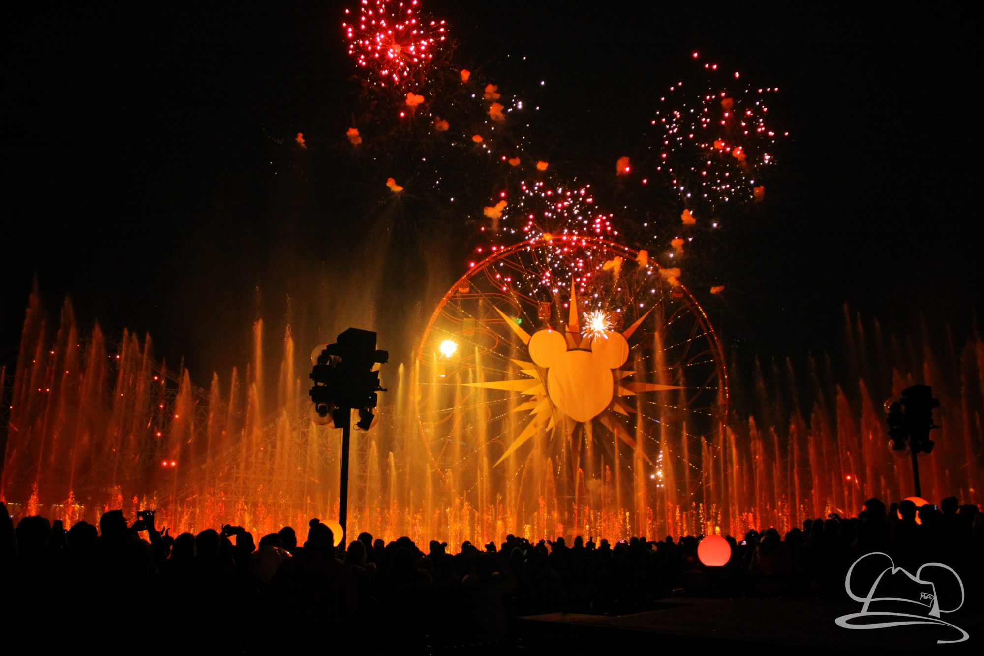 Disneyland Resort's World of Color Celebrates Lunar New Year With 'Hurry Home – Lunar New Year Celebration'