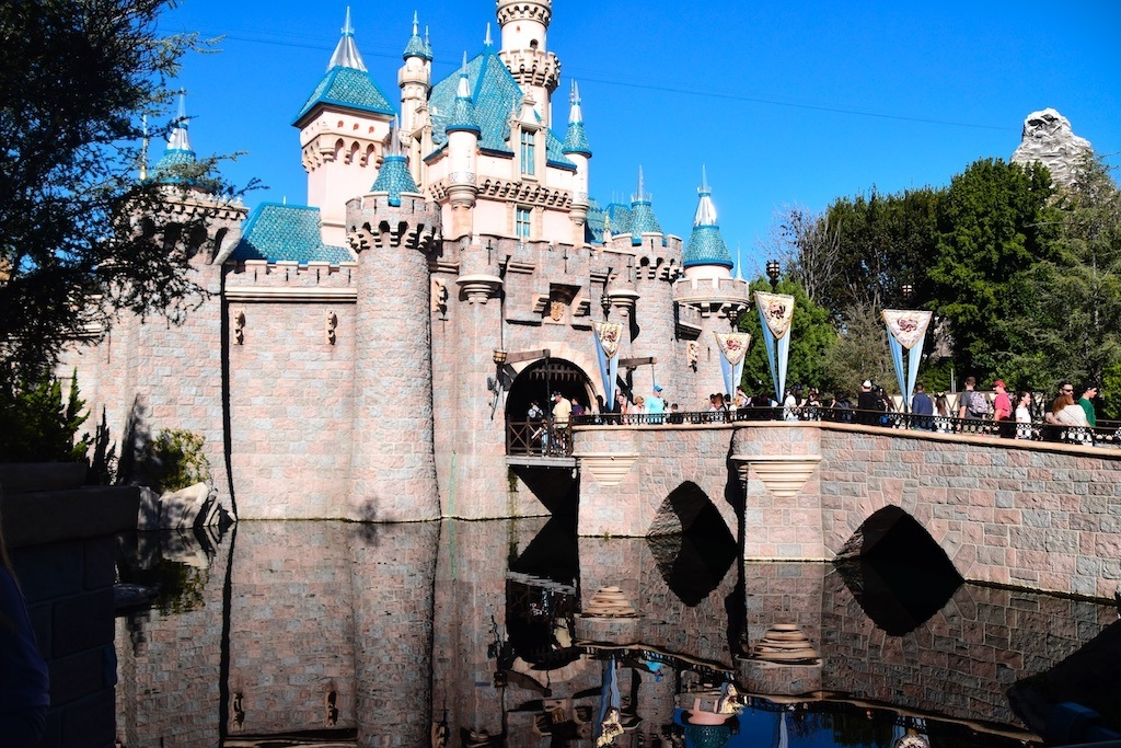 AP Days and Beauty and the Beast – Sundays With DAPs Disneyland Update