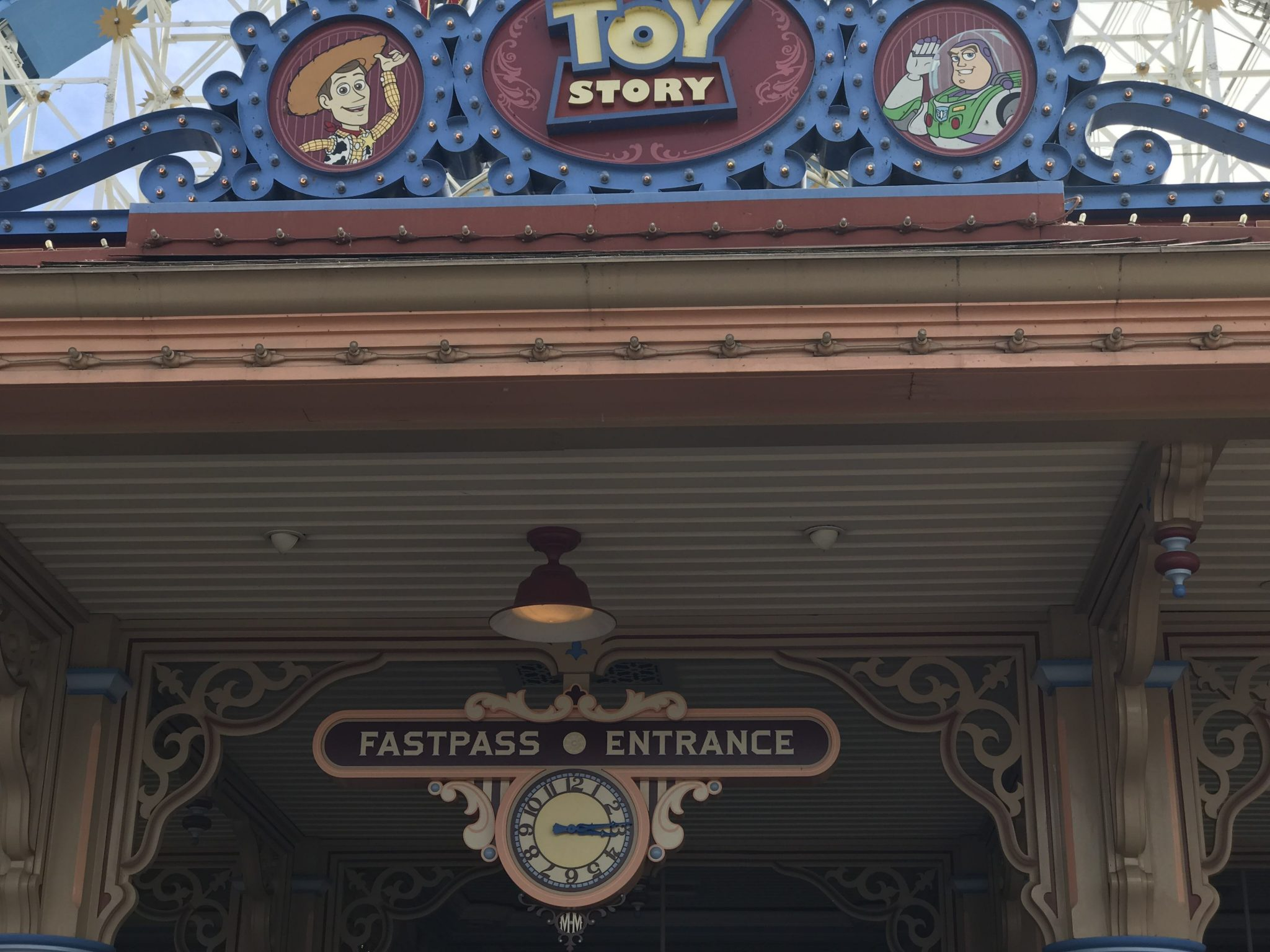 Egg-Stravaganza, Easter Bunny, and Toy Story FastPass – Sundays With DAPs Disneyland Update
