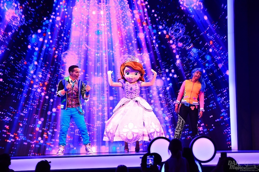 Disney Junior Dance Party is an Energetic Time for Kids