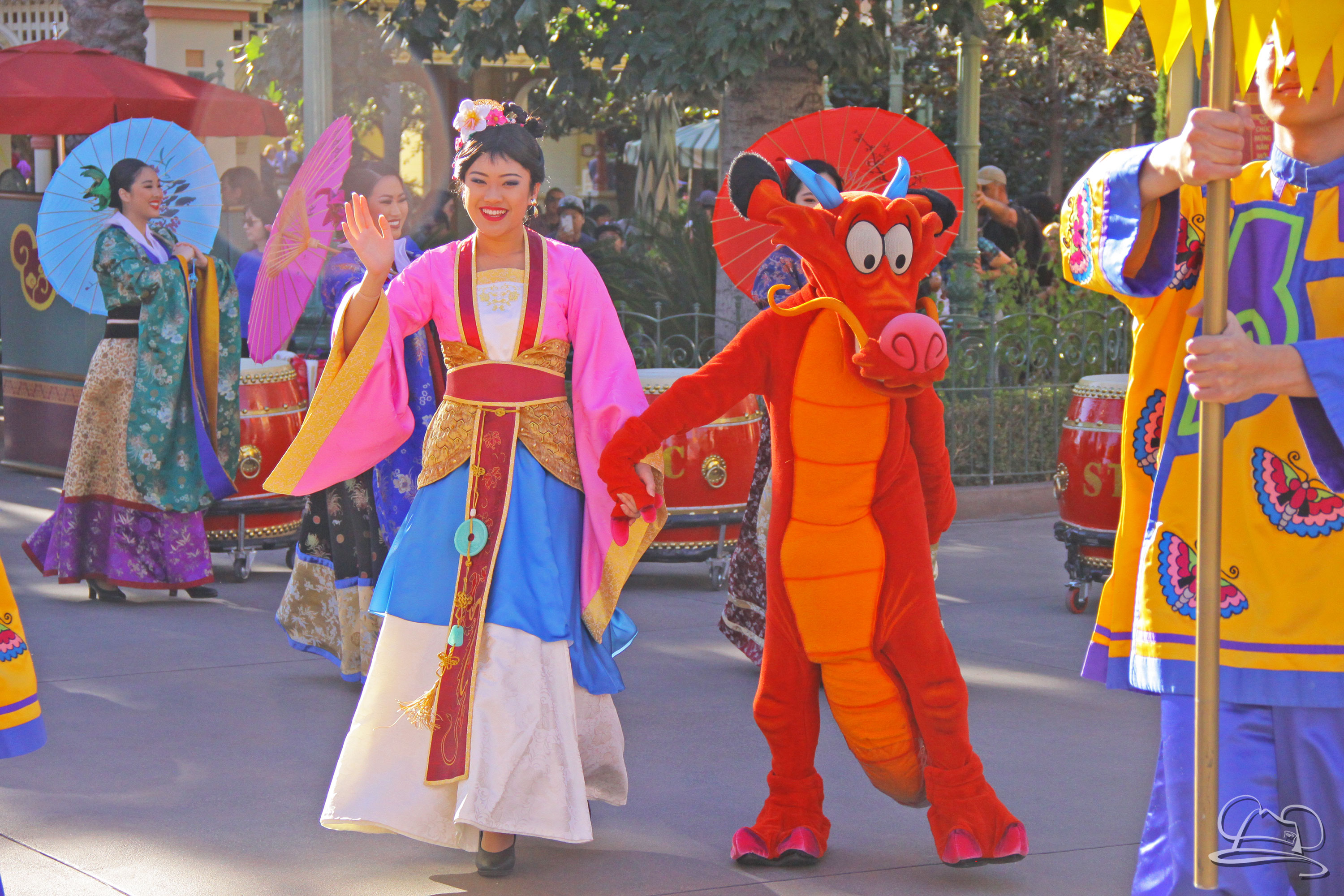 Mulan and Mushu - 2017 Lunar New Year Celebration at Disney California Adventure, Disneyland Resort