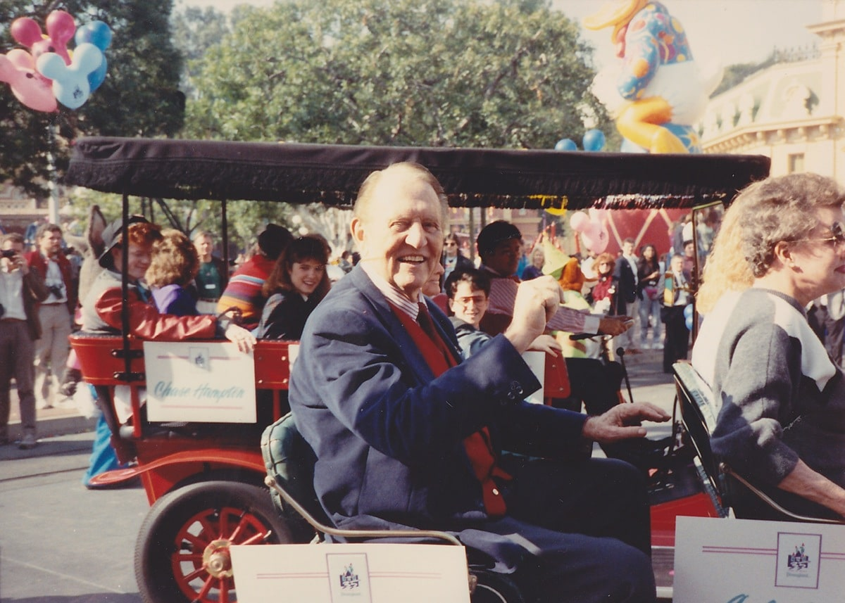 Disneyland Debuts the 35th Anniversary – 30 Years Ago in Disneyland
