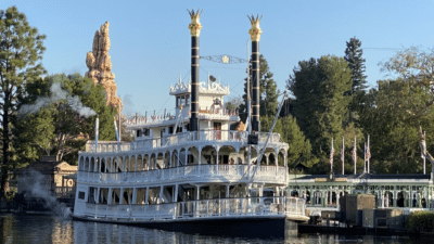 Mark Twain Returns to Rivers of America After Brief Refurbishment