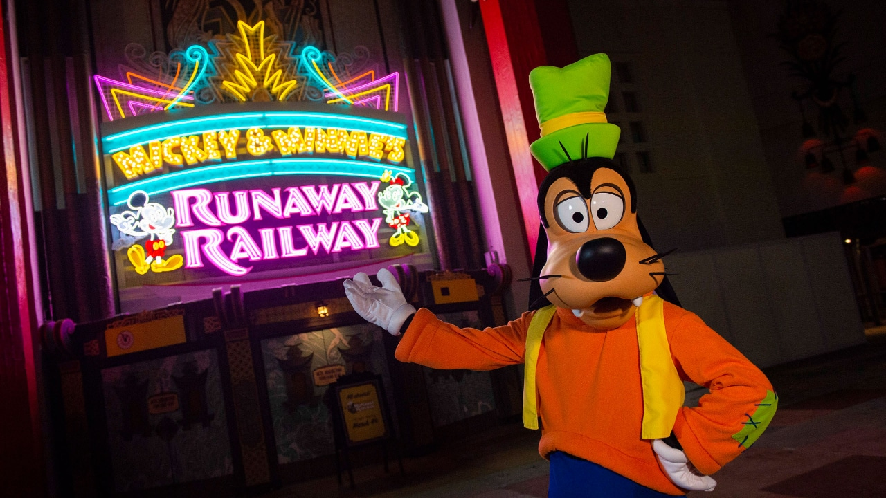 Mickey & Minnie's Runaway Railway Marquee Unveiled