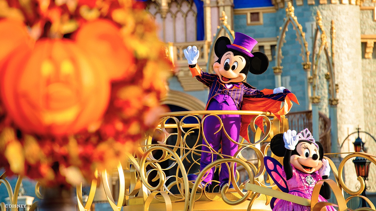 Halloween Entertainment at Walt Disney World Resort - Featured Image