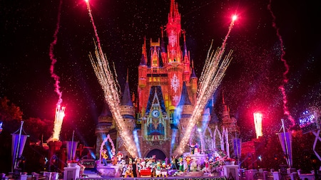 Guests Will Not Be Able to Ring in 2021 at Walt Disney World Resort Parks