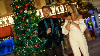 """ABC and Disney Parks Feature Nostalgic Performances of Holidays Past in Special 5th Anniversary Edition of """"The Wonderful World of Disney: Magical Holiday Celebration"""" Thanksgiving Night"""