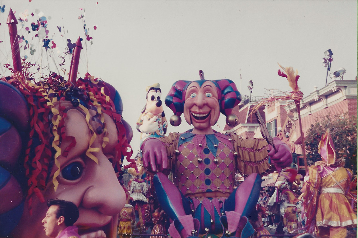 Performers animated these mechanical floats.