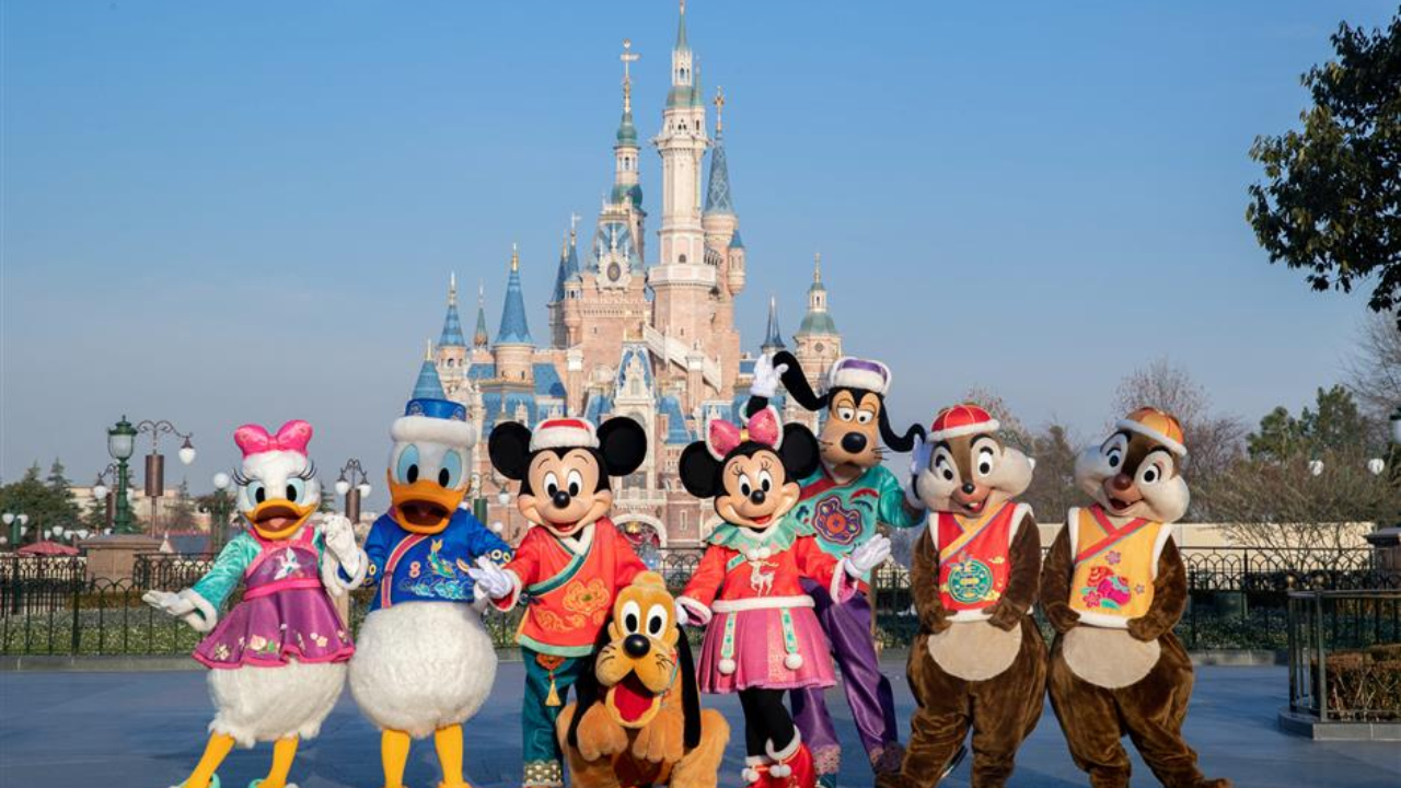 """Shanghai Disney Resort Celebrates """"A Spring Festival Spectacular"""" with Traditional Fun and New Excitement"""