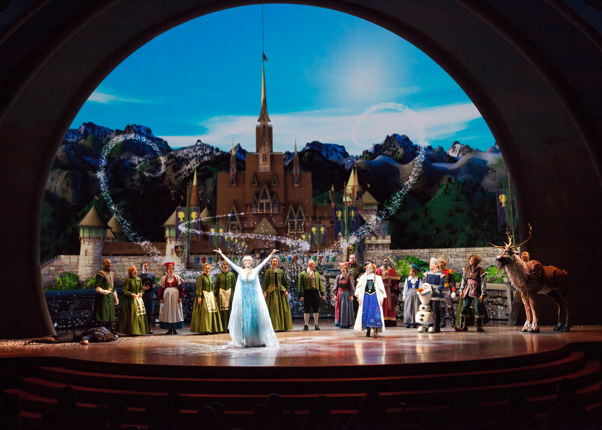 New Disney Stage Musical 'Frozen – Live at the Hyperion' World Premiere at Disney California Adventure (PHOTOS)